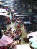 Le marché flottant de Damnoen Saduak.