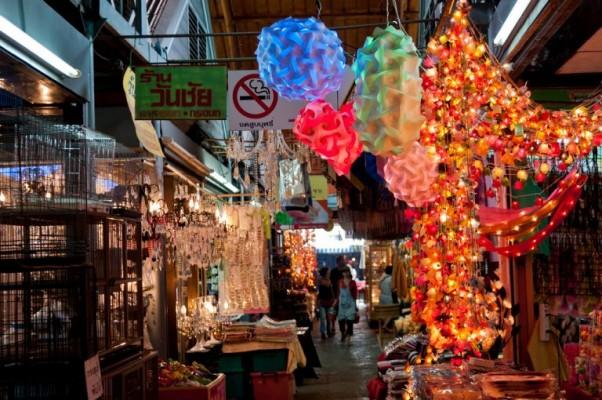 4 - Explorer le marché de Chatuchak