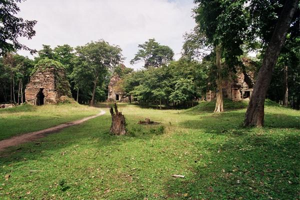Une cité cambodgienne abîmée mais restaurée