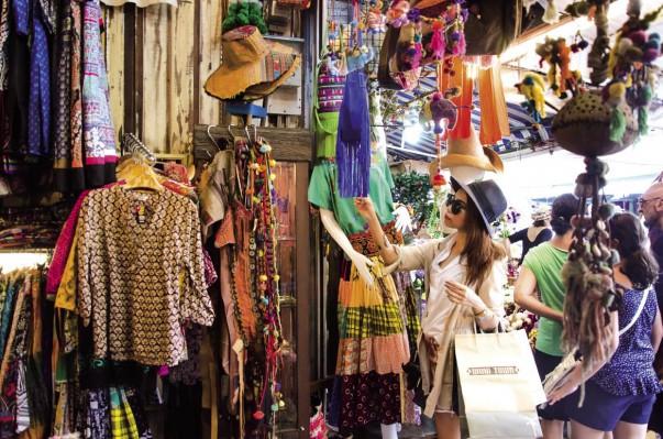 Acheter des vêtements vintage à Chatuchak