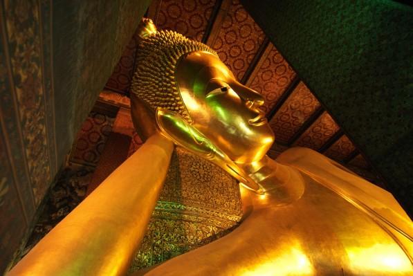 1 - Visiter le Wat Pho et son bouddha couché