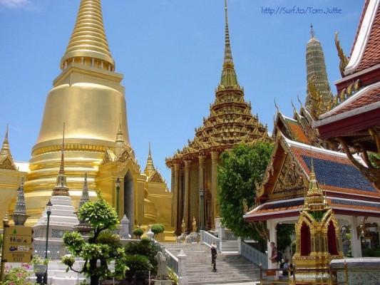 12 - Wat Phra Kaew