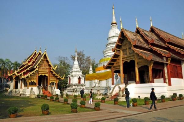 25 - Wat Phra Singh
