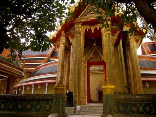 19 - Wat Raatchabophit