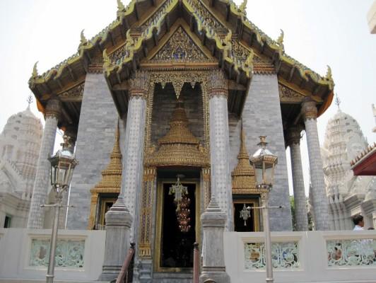 17 - Wat Ratchapradit