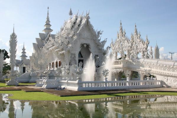 1 - Wat Rong Khun