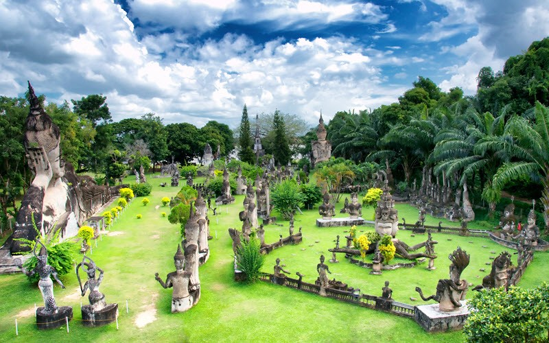 9. Visiter Vientiane, la capitale