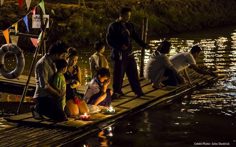 La tradition de Loy Krathong