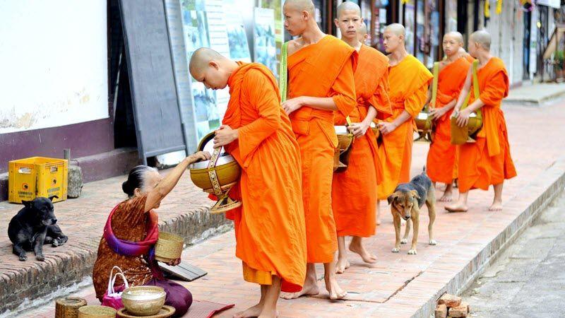 Itinéraire au Laos, pays de traditions