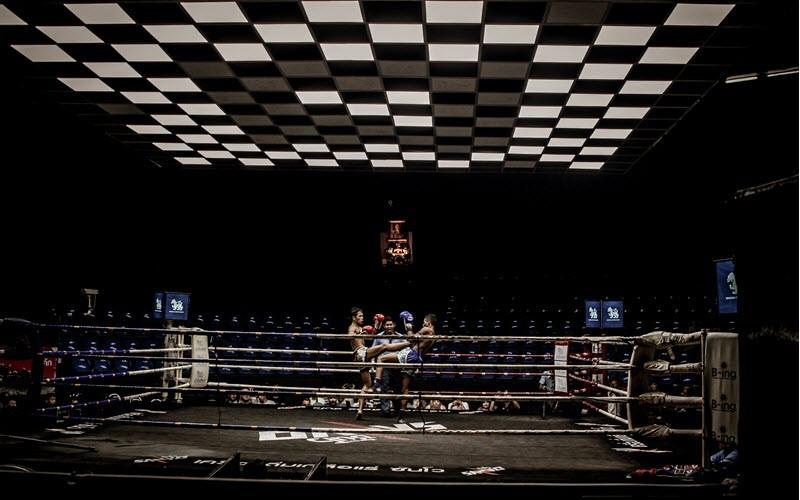 Voir un combat de boxe Thai à Bangkok au Ratchadamnoen Stadium