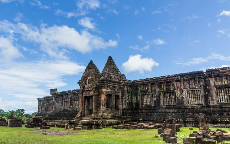 8. Partir en excursion au Vat Phou