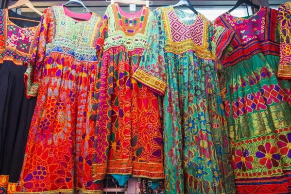 Acheter une robe de soirée à Chatuchak