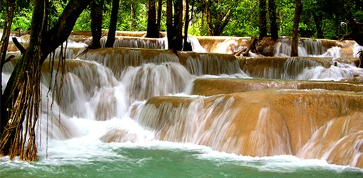 Les chutes de Tad Sae au Laos
